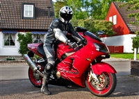 Kawasaki ZX12R Red Ripped Fairings