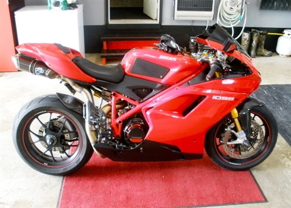 Ducati 848 1198 1098 Tank Pads Chin Pad Seat Pad Combo Kit