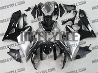 Suzuki GSX-R 1000 Black/Silver/White Fairings