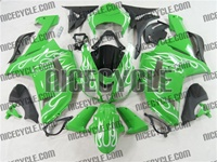 Kawasaki ZX6R White Fire on Green Fairings
