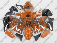 Suzuki GSX-R 1300 Hayabusa Custom Orange Tribal Fade Fairings