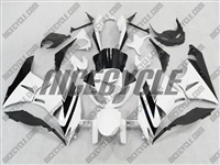 Kawasaki ZX6R White/Black Fairings