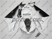 Triumph Daytona 675 White/Black Fairings