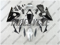 Yamaha YZF-R6 Silver/Black Fairings