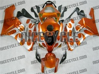 Honda CBR1000RR Metallic Orange/Silver Fairings