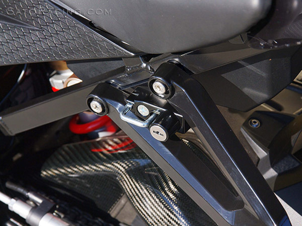 BMW S1000RR HELMET LOCK